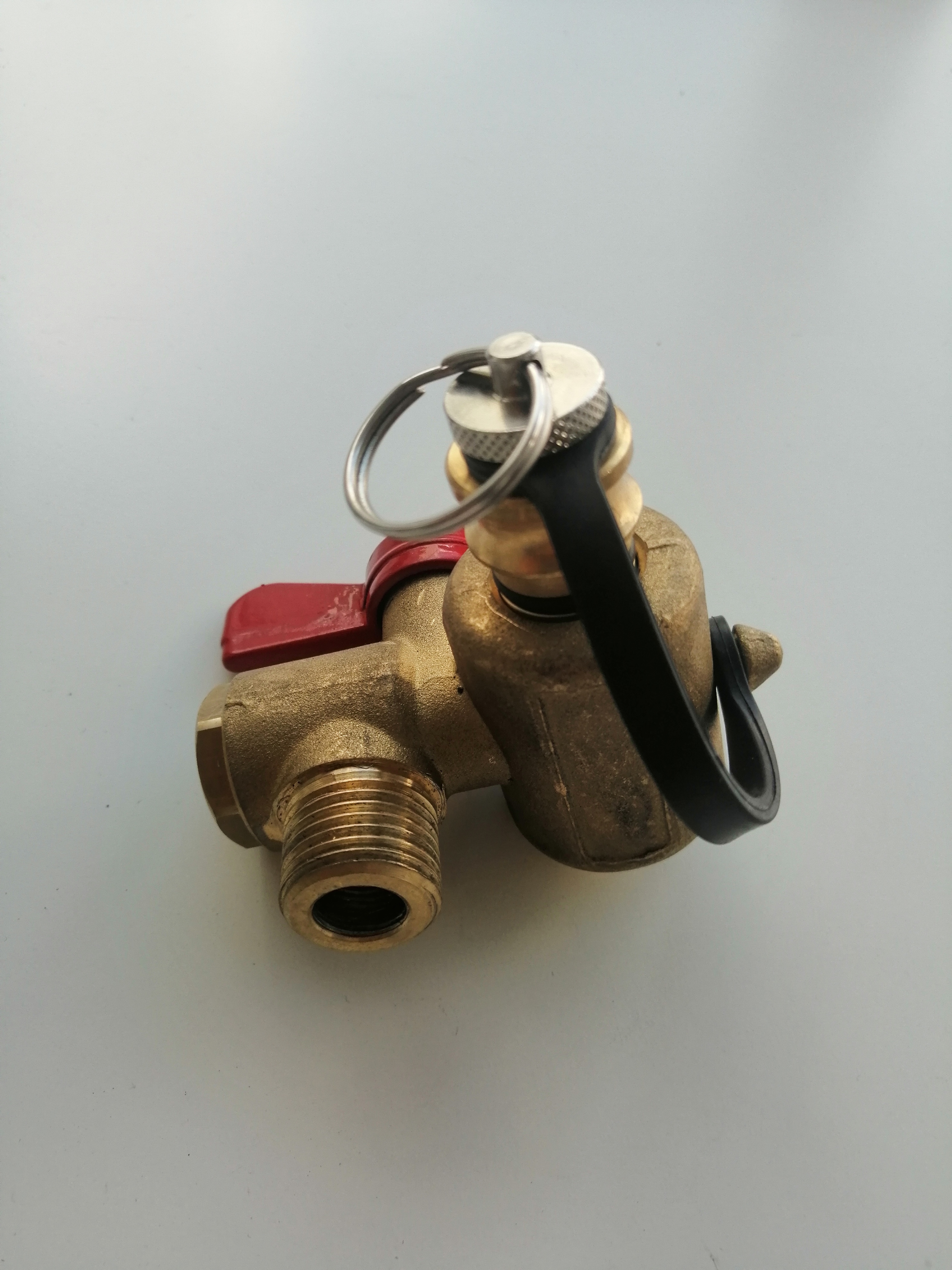 Заправочный вентиль EMER VALC450